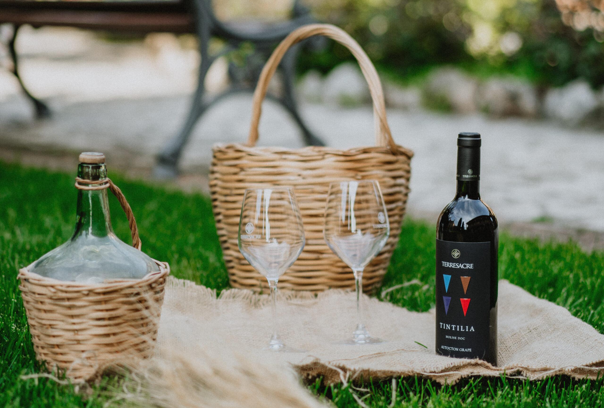 """Primavera, tempo di """"risvegli sensoriali"""": gli abbinamenti tra vino e cibo"""