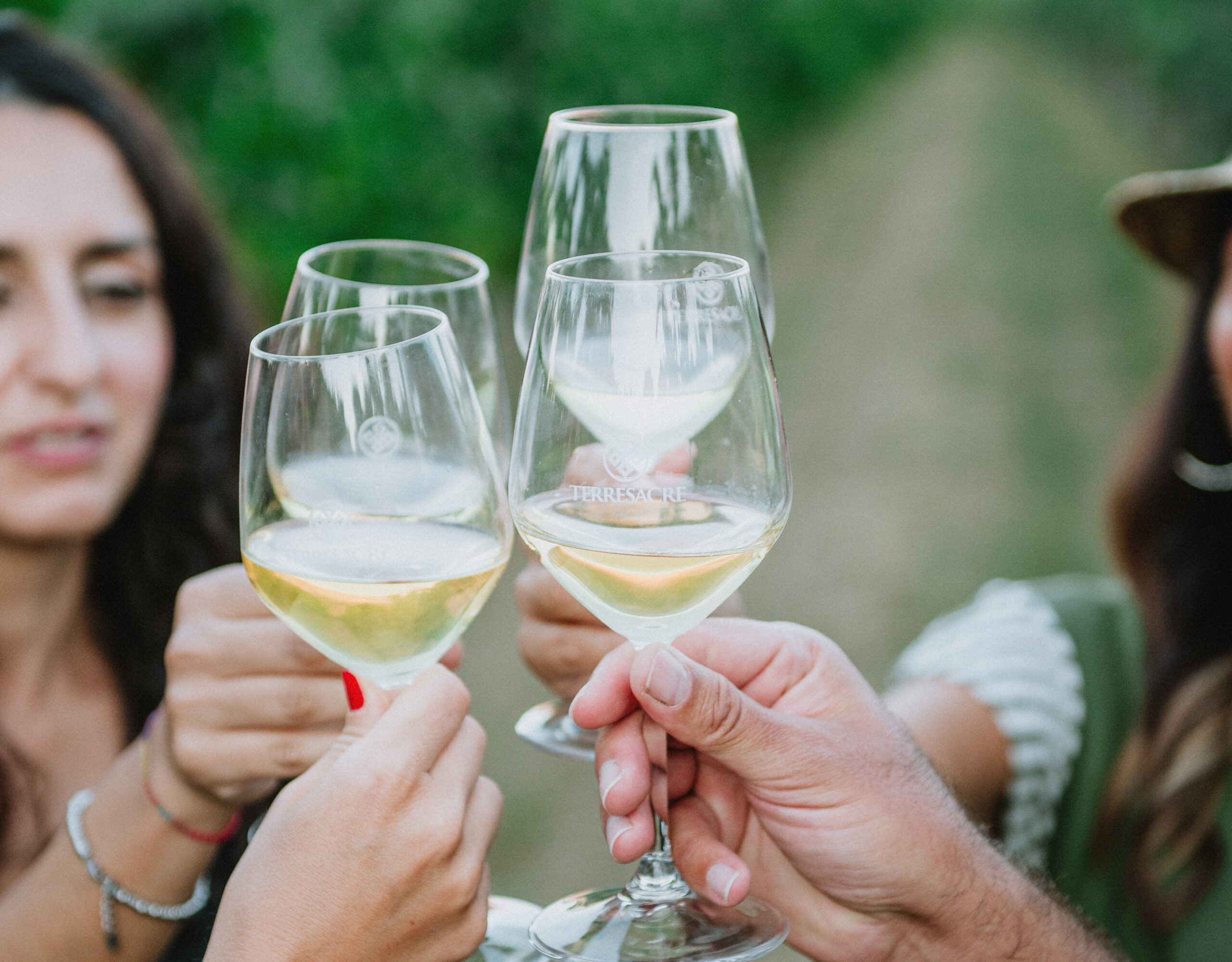 Quante calorie ci sono in un bicchiere di vino? Cosa c'è da sapere